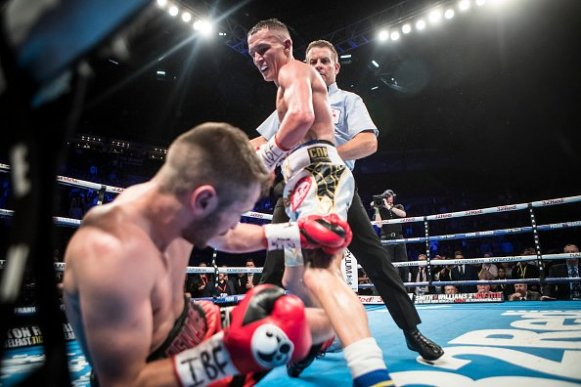 warrington-ceylan-fight (16)